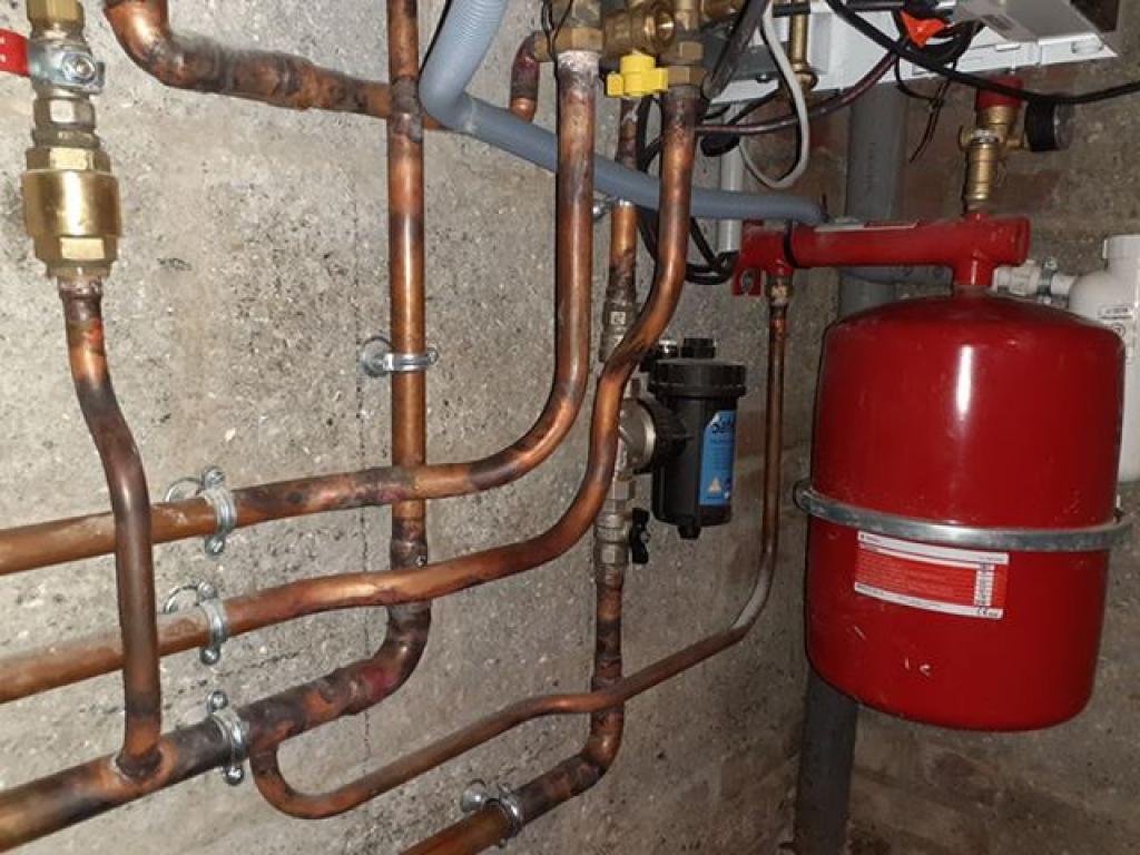 ENTREPRISE RGE - QUALIGAZ - REMPLACEMENT D'UNE CHAUDIERE FUEL PAR UNE CHAUDIERE GAZ NATUREL A VILLERVILLE CALVADOS (14) NORMANDIE