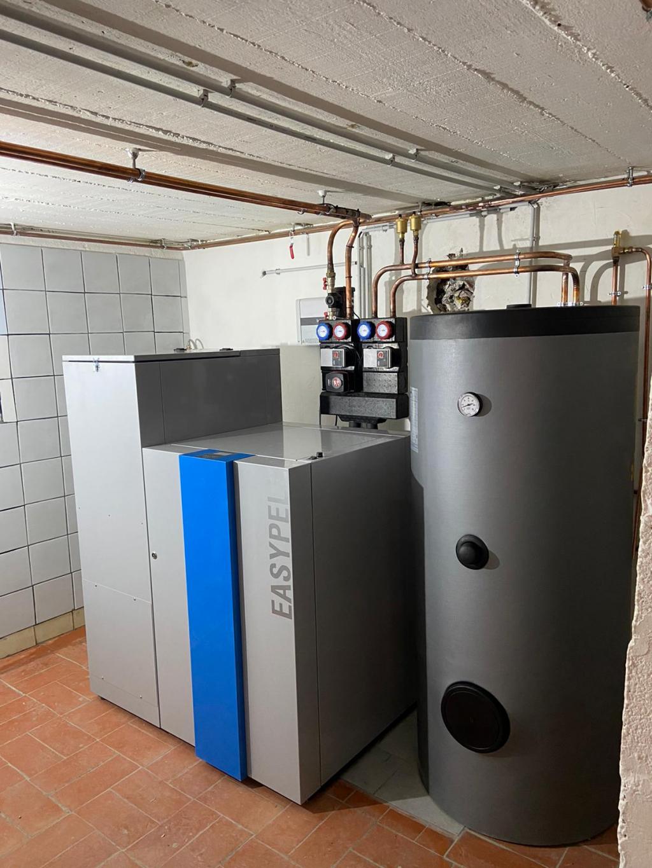 Installation d'une chaudière à granulés EASYPELL en remplacement d'une vieille chaudière gaz - ENTREPRISE RGE- QUALIBOIS