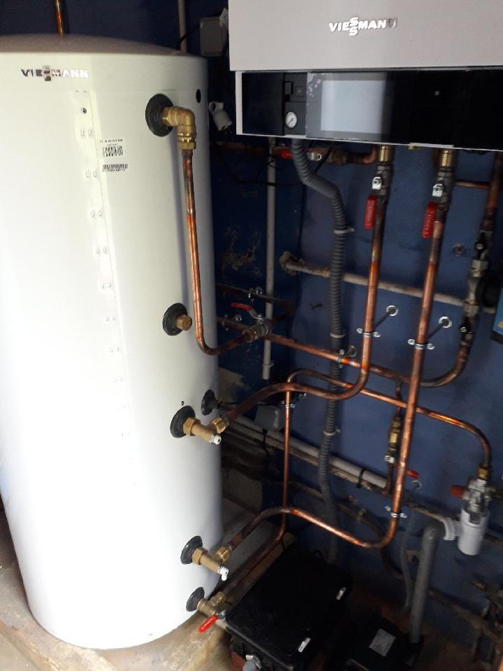 Installation d'une chaudière murale gaz VIESMMANN 26 kW