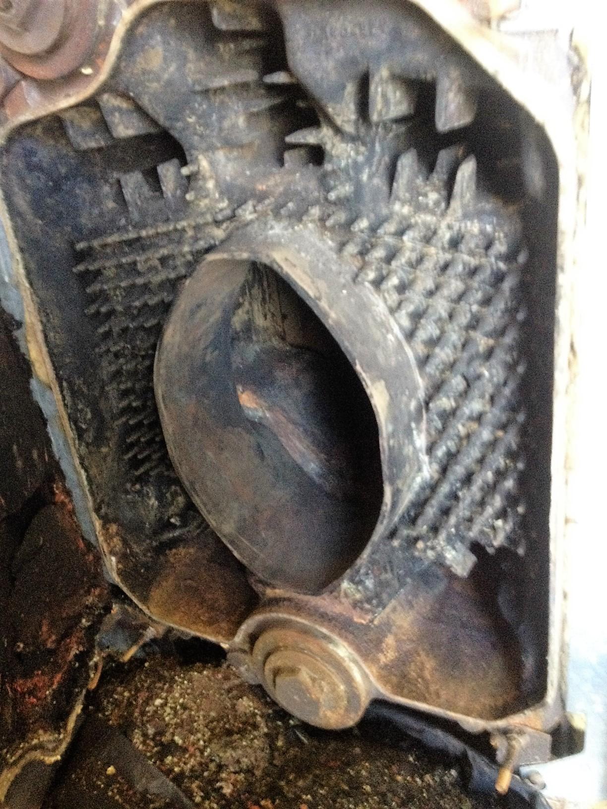 Nettoyage d'un conduit de cheminée (Avant)