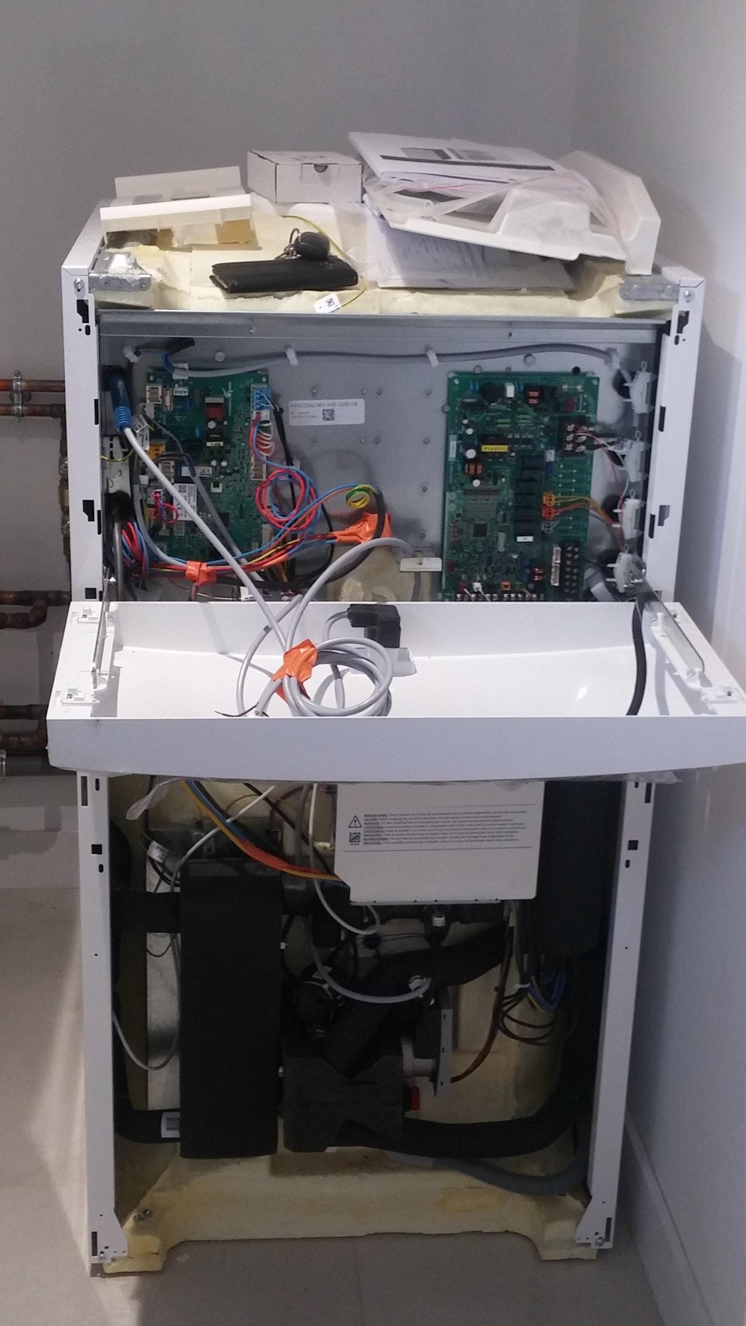 Installation d'une pompe à chaleur aérothermique (échange air/eau) CHAPPEE et d'un plancher chauffant à Trouville sur Mer - 14360